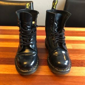 Dr Martens 8 eye youth leather boots